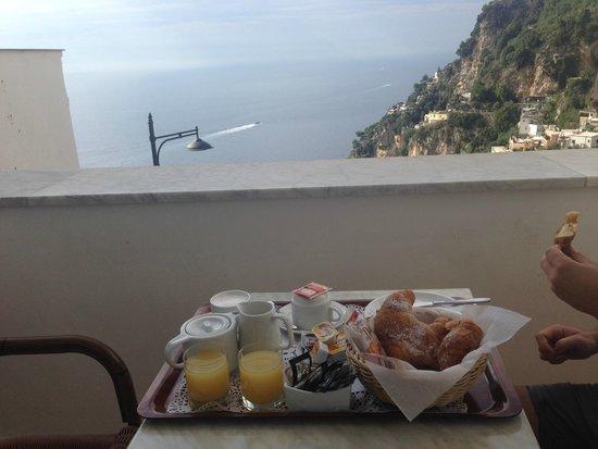 Palazzo Marzoli Resort : Breakfast on the balcony every morning