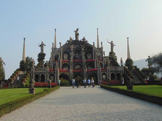 Giardini con terrazzamenti statue e fontane foto di - Giardini con fontane ...