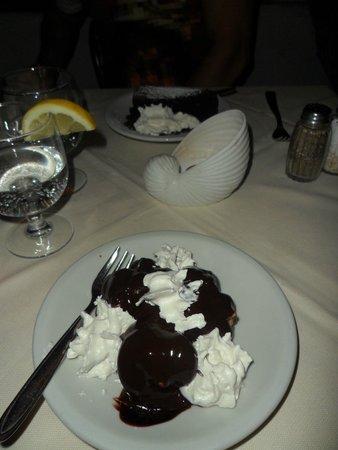 Ristorante Saraceno d'Oro: Delicious profitterolls