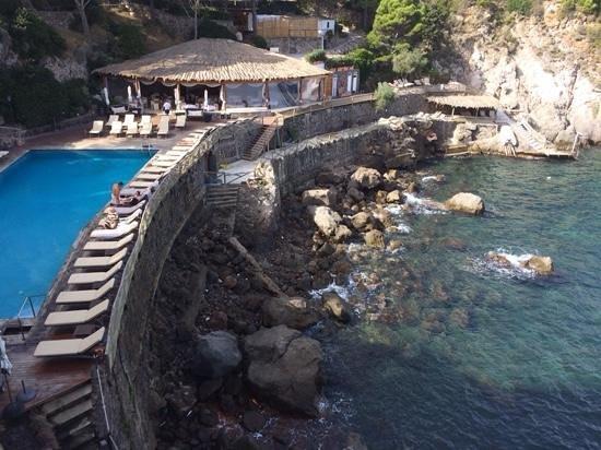 Mezzatorre Resort and Spa: la baia