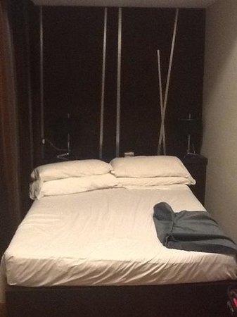 Hotel Valadier: letto senza vie di fuga