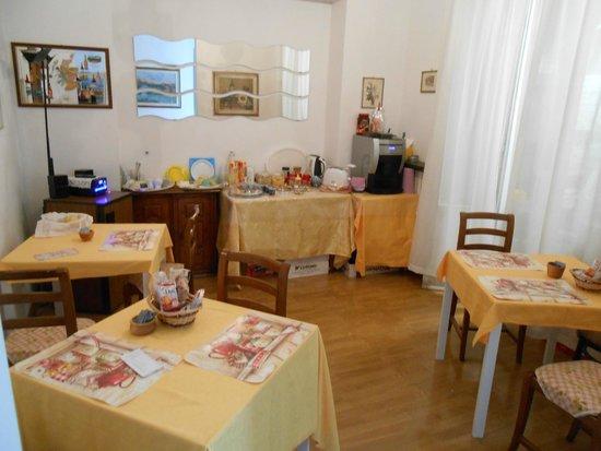 Beautiful Soggiorno A Firenze Ideas - Idee Arredamento Casa ...