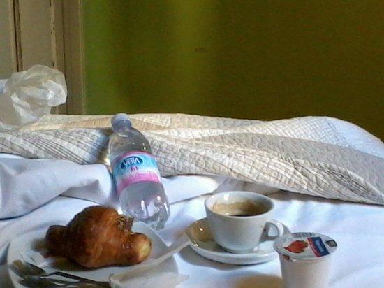 Loggia Fiorentina: Café na cama! Delícia!!