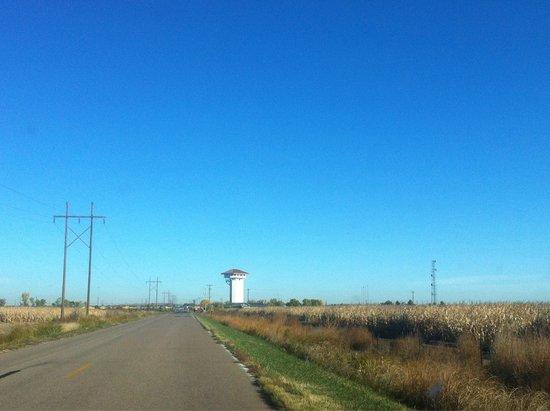 Golden Spike Tower and Visitor Center: Arriving at Golden Spike