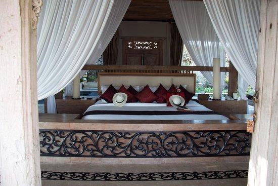 Khayangan Estate: Master Suite