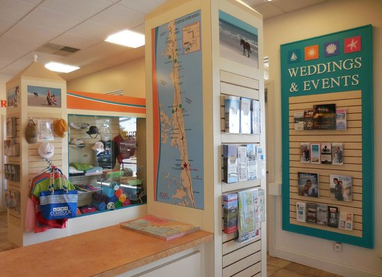 Currituck Outer Banks Visitor's Center: Great information about the area!