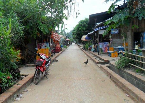 Chomphet: Ban Xieng Mane Village