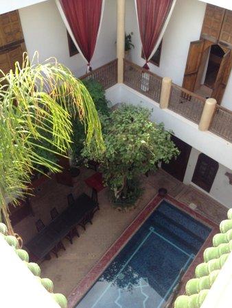 Riad El Zohar: Ground floor & pool