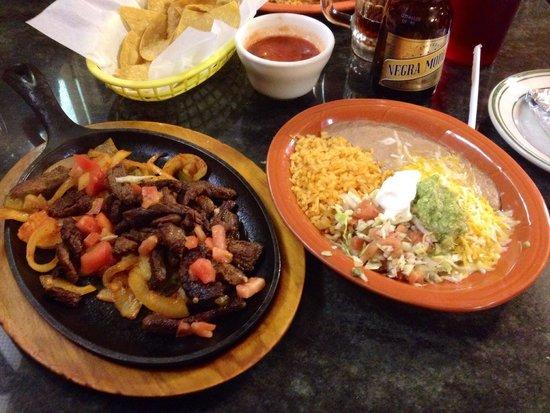 Mi Ranchito: Steak Fajitas are to die for!