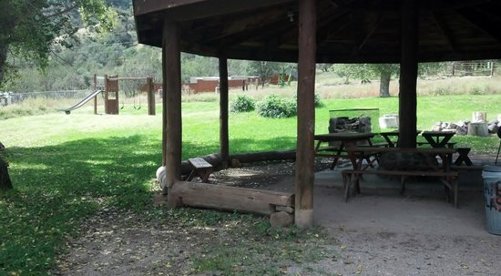 Gila Hot Springs Ranch: Camping Pavilion