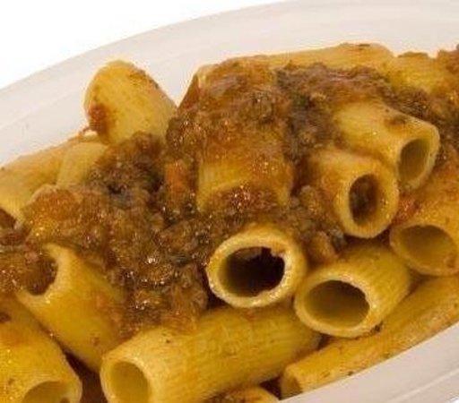 Italian Villa: Homemade Rigatoni Genovese!