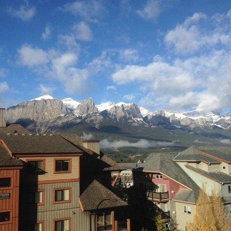 Blackstone Mountain Lodge : Beautiful fall day