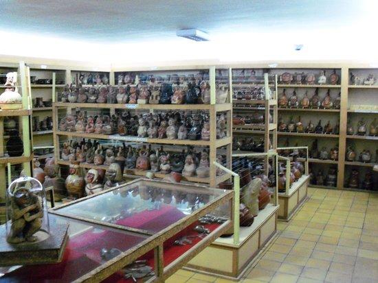 Casinelli Museum (Museo Arqueologico Casinelli)