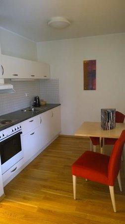 City Living Hotel & Apartments : cozinha