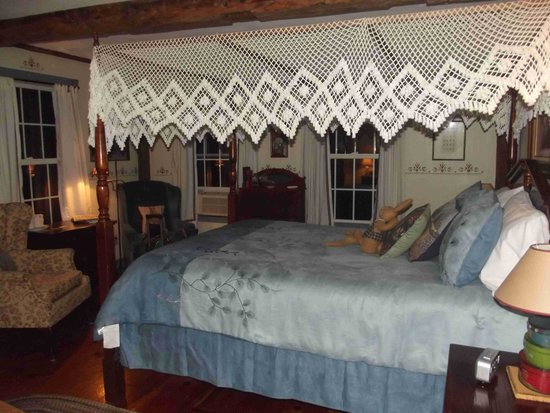 Seth Warner Inn: the Hester Warner room