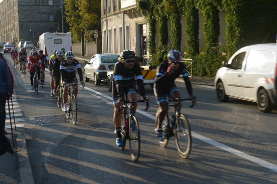 Historic Center of Tournon sur Rhone: Cycling race in the morning at Tournon
