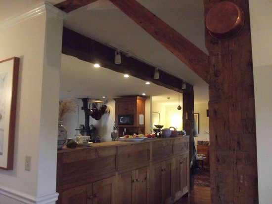 Cornwall Orchards Bed and Breakfast: the kitchen