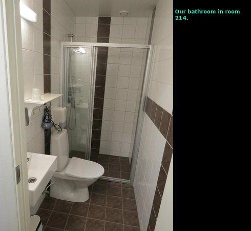 Verkshotellet: Bathroom