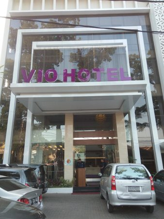 Good LED tv - Picture of Vio Cihampelas Hotel, Bandung