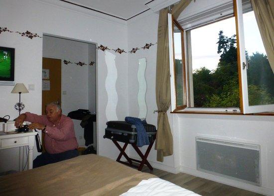 Hostellerie a la Ville de Lyon : Notre chambre n°8