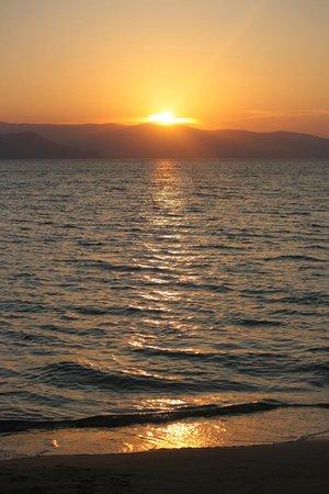 Hotel Despina : вечерний пляж Agia Anna