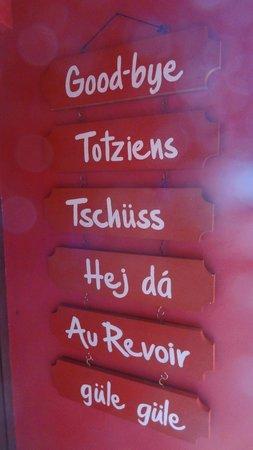 Tradouw Guesthouse: polyglotte !