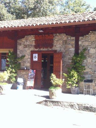 Photo of Spanish Restaurant Restaurante El Vergel de Gredos at Calle Mayor 10, Bohoyo 05690, Spain