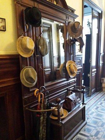 Maison Eloi Merle : Jolis chapeaux