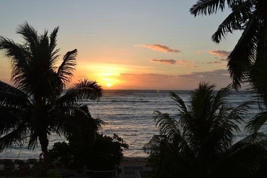 Crown Beach Hotel: Amanecer desde nuestra terraza