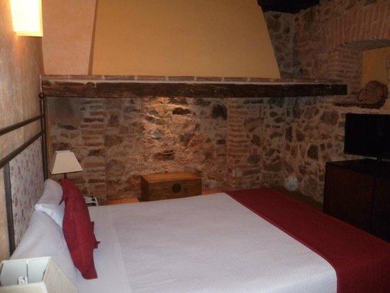 Hotel Plaza de Toros de Almaden: Antigua chimenea