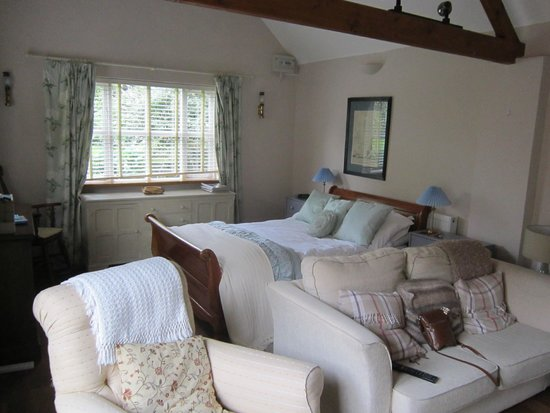 Mulleys Cottage: the bedroom