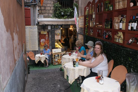 Old Taverna Sorrentina: The Terrace