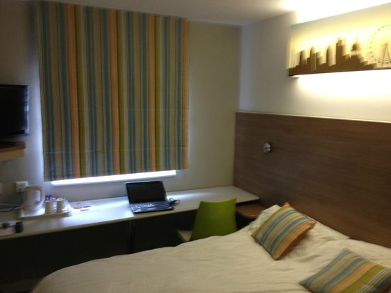 Ibis Styles London Excel: Decent enough room