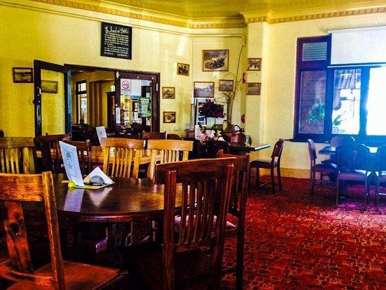 New Ivanhoe Hotel Blackheath Restaurant Reviews Phone Number Photos Tripadvisor