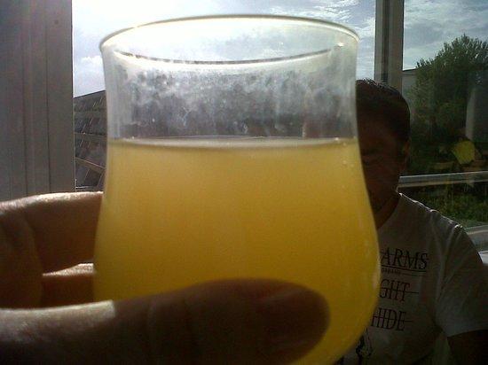 Cala Mandia, Ισπανία: état du verre le matin sans avoir bu dedans !!