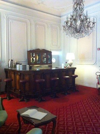 Villa Carlotta Hotel: Bar