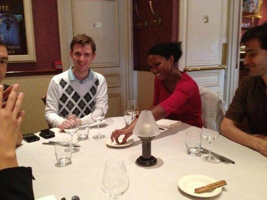 La Table Kobus: Tout le monde est de bonne humeur!