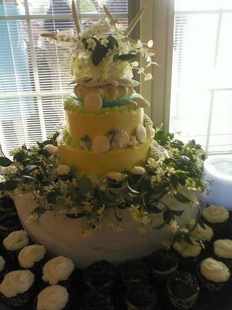 bjs wedding cakes wedding cakes theme shabby chic delicious 11803