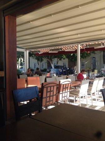 Zazu Cafe Restaurant Bar: Terrace view