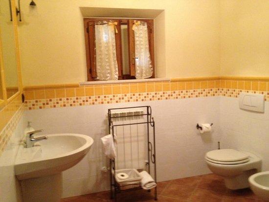 Borgo Piaggiarella: il bagno