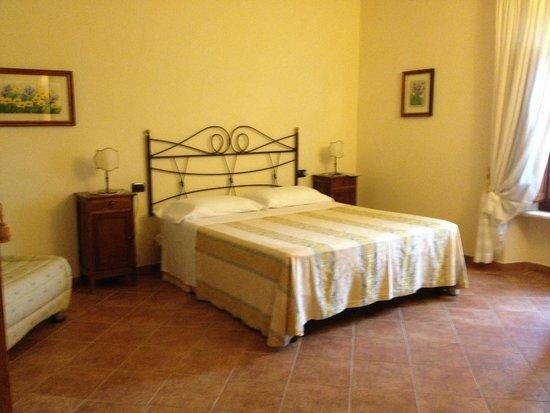 Borgo Piaggiarella: la camera