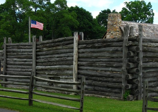 Fort Roberdeau: Exterior with Betsy Ross flag