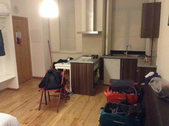 Aparthotel Oporto Sol : cocina-dormitorio-salon