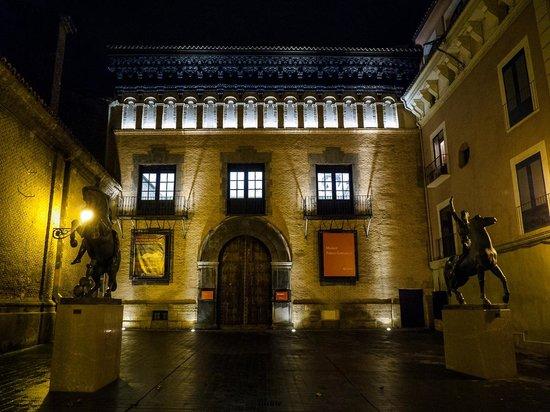 Museo Pablo Gargallo de Zaragoza: fotografía de Museo Pablo Gargallo, Zaragoz...