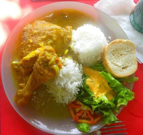 Chez Loulouse: Colombo de poulet