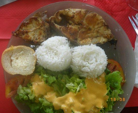 Chez Loulouse: Dorade grillée