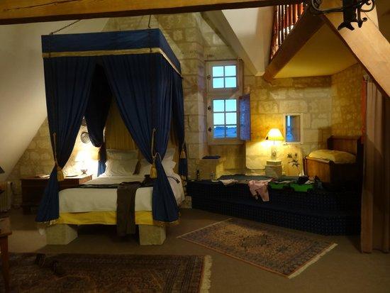 Chambre Du Chevalier Picture Of Chateau De La Motte Usseau