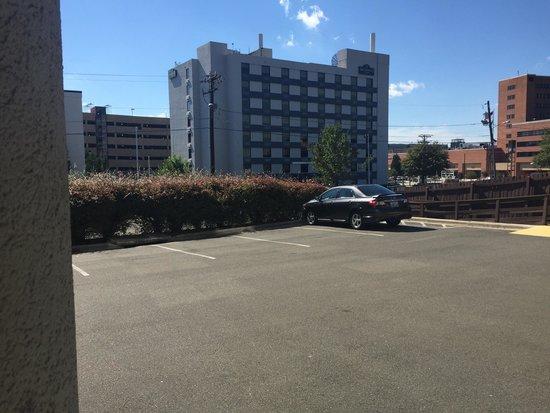 CAMBRiA hotel & suites Durham - Duke University Medical Center Area