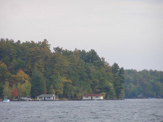 Center Harbor Inn on Lake Winnipesaukee: Homes across the lake.