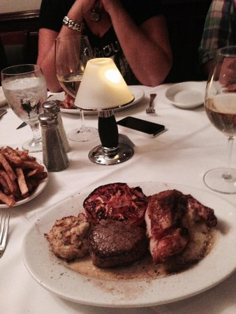 Ruth's Chris Steak House : mix grill